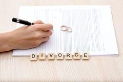 Begrepp av skilsmässan Arkivbilder