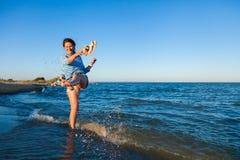 Begrepp av sommarferier på havet och direkt stil arkivfoton