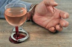 Begrepp för alkoholböjelse royaltyfri bild