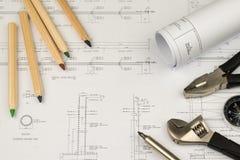 Begrepp för arbete för teknikerkonstruktionsaffär: teknikbluepr royaltyfria foton