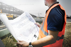 Begrepp för arkitektAssistance Building Construction plats royaltyfri bild