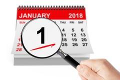 Begrepp för dag för ` s för nytt år 1 Januari 2018 kalender med förstoringsapparaten Arkivfoton
