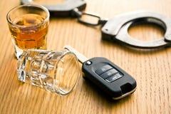 Begrepp för drinkkörning Fotografering för Bildbyråer