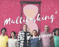 Begrepp för effektivitet för planläggning för MultitaskingMultitask ledning royaltyfria foton