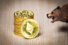 Begrepp för Ethereum crypto björnmarknad royaltyfria foton