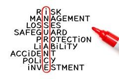Begrepp för försäkringkorsordmarkör Arkivfoto