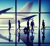 Begrepp för flygplats för lopp för affärsfolk arkivfoto