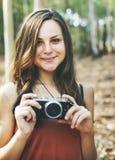 Begrepp för fotografCamera Camping Trip aktivitet Fotografering för Bildbyråer