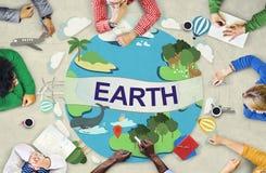 Begrepp för jordklot för beskydd för jordekologimiljö royaltyfria bilder