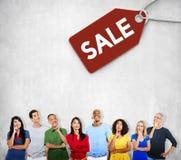 Begrepp för kommers för etikett för Sale rabattetikett Arkivfoton