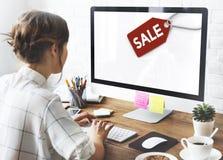 Begrepp för kommers för etikett för Sale rabattetikett Fotografering för Bildbyråer