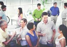 Begrepp för kontor för mångfald för kommunikation för affärsfolk funktionsdugligt Royaltyfri Bild