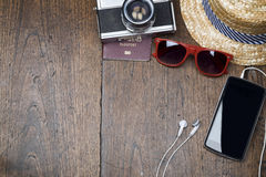 Begrepp för kopieringsutrymmelopp på träbakgrund Fotografering för Bildbyråer