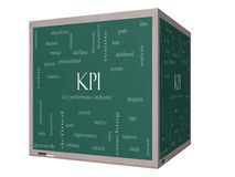 Begrepp för KPI ordmoln på en svart tavla för kub 3D Arkivbilder