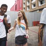 Begrepp för kultur för ungdom för aktivitet för folkkamratskapsamhörighetskänsla fotografering för bildbyråer