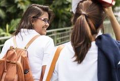 Begrepp för kunskap för utbildningsstudentfolk royaltyfri fotografi