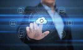 Begrepp för nätverk för lagring för internet för molnberäkningsteknologi arkivfoto