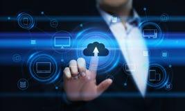 Begrepp för nätverk för lagring för internet för molnberäkningsteknologi arkivbilder