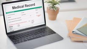 Begrepp för patient för historia för form för rekord för medicinsk rapport Arkivfoton