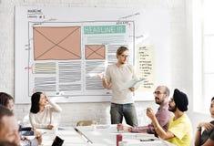 Begrepp för publikation för massmedia för orientering för designtidskriftkreativitet royaltyfri foto