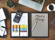 Begrepp för rikedom för finansiell investering för bankrörelsen för pengar kontant Arkivfoto