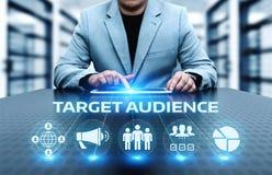 Begrepp för teknologi för affär för internet för marknadsföring för målåhörare fotografering för bildbyråer