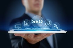 Begrepp för teknologi för affär för internet för Website för SEO Search Engine Optimization Marketing rangtrafik Fotografering för Bildbyråer