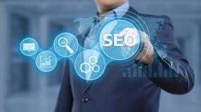 Begrepp för teknologi för affär för internet för Website för SEO Search Engine Optimization Marketing rangtrafik Arkivbild
