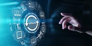 Begrepp för teknologi för version för programvara för uppdateringsystemförbättring på den faktiska skärmen royaltyfria bilder