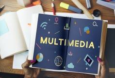 Begrepp för teknologianslutningsonline-dela multimedia arkivbilder