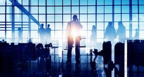 Begrepp för terminal för flygplats för pendlare för affärslopp företags arkivbilder