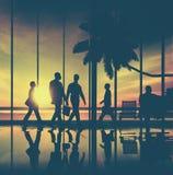 Begrepp för terminal för flygplats för tur för strand för lopp för affärsfolk Arkivfoton