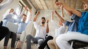 Begrepp för union för teamwork för samarbete för framgång för affärsfolk arkivfoto