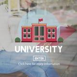 Begrepp för utbildning för grad för diplom för universitethögskola arkivfoto