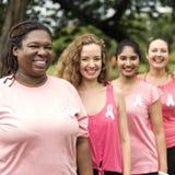 Begrepp för välgörenhet för kvinnabröstcancerservice royaltyfri foto