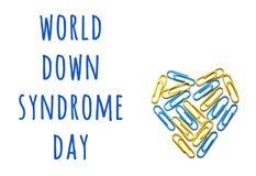 Begrepp för världsDown Syndrome medvetenhet med färgrik hjärta arkivfoton