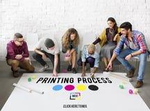 Begrepp för massmedia för bransch för färg för färgpulver för offset för printingprocess Arkivfoto