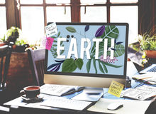 Begrepp för miljö för gräsplan för Eco vänligt jorddag Royaltyfri Fotografi