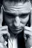 begrepp som uttrycker huvudvärkmanspänning Fotografering för Bildbyråer
