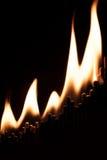 Begreppet av affärsjämvikt är övre, och skjuta i höjden, är matchsticks Royaltyfria Bilder