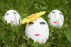Begreppet av påsken som målar tre ägg Royaltyfri Foto