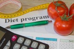 Begreppet bantar och viktförlust på tabellen Sund ny frukt för bantar Royaltyfria Foton