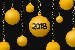 Begreppsbakgrund 2018 för Xmas och för nytt år Guld- julbollar på glänsande svart bakgrund royaltyfri illustrationer