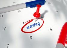 Begreppsbild av ett rött stift på kalender med ordet MÖTE som ska påminnas för viktig tidsbeställning 3D framför illustrationen a royaltyfri illustrationer