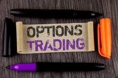 Begreppsmässig handel för alternativ för handhandstilvisning Analys för aktiemarknad för artiklar för investering för handel för  Royaltyfria Bilder