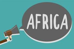 Begreppsmässig handhandstil som visar Afrika För affärsfototext för världar mest tätbefolkad kontinent i andra hand - störst och  stock illustrationer