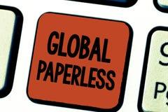 Begreppsmässig handhandstil som visar globalt Paperless Affärsfoto som ställer ut att gå för teknologimetoder som email fotografering för bildbyråer