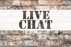 Begreppsmässig inspiration för meddelandetextöverskrift som visar Live Chat Affärsidé för att prata den kommunikationsDigital ren Royaltyfri Fotografi