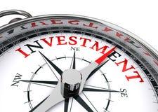 Begreppsmässig kompass för investering Royaltyfri Foto