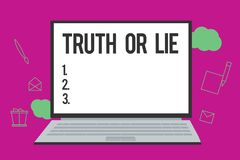 Begreppsmässig sanning eller lögn för handhandstilvisning Beslut för affärsfototext mellan att vara ärligt ohederligt primat tviv vektor illustrationer